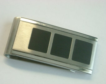 stainless money clip  ( D 67 )