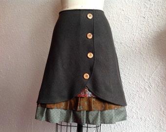 Virginia wool ruffle front skirt Sz 4