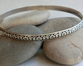 Vintage Danecraft Sterling Oval Bangle Bracelet Beautiful Pattern