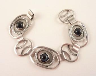 SALE --- Vintage Handmade Sterling Banded Agate Modernist Bracelet