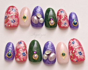 2016 nail trend, trendy nail, party nails, winter nail art, oval nails, flower pattern, hand paint art, bling, gel nails, Japanese 3D nails,