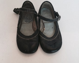Vintage Leather Mary Janes