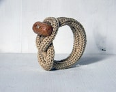 Knot bracelet. Beige ecru cotton bracelet. Wooden bracelet.