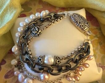Pearl and Gunmetal link Bracelet