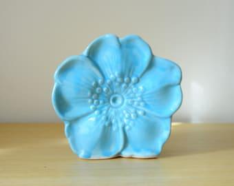 mccoy pottery flower wall pocket