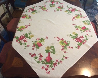 Vintage Mid Century Tablecloth TEAPOTS & VINES Roses 1950s Red green Yellow Linen