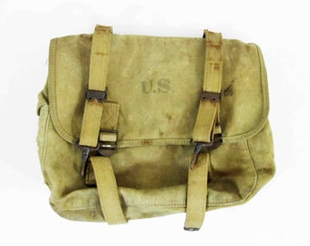 Vintage WW2 U.S. M1936 Musette / Field Bag. Dated 1942.