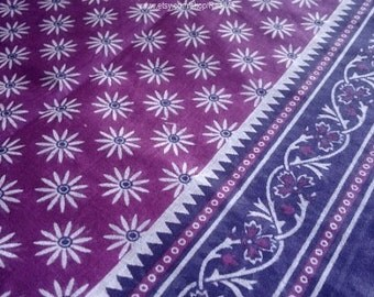 Daisy Print Fabric, Purple Floral Cotton, Handmade Block Print Sari Fabric, Soft Cotton Saree Fabric By The Yard, Lightweight Indian Fabric