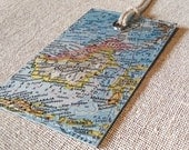 Borneo luggage tag made with original vintage map