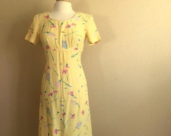 Vintage Buttercream YELLOW FLORAL Dress / Womens Small