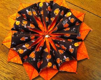 Handmade Halloween FOLD'N STITCH Candle Mat or Wreath Heather Ross Crafty Chloe