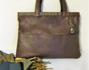 Large shoulder bag in Brown Faux Leather