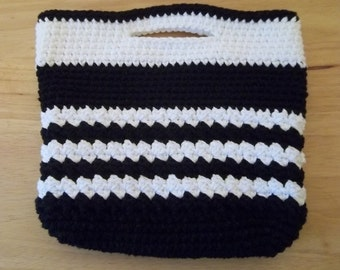 Purse - City Purse - Crochet Handbag City Purse in Black and White Cotton