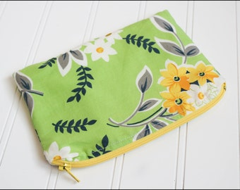 Flower Bouquet Zipper Pouch