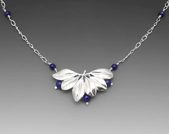 Blueberry Sterling Silver Necklace with Lapis lazuli