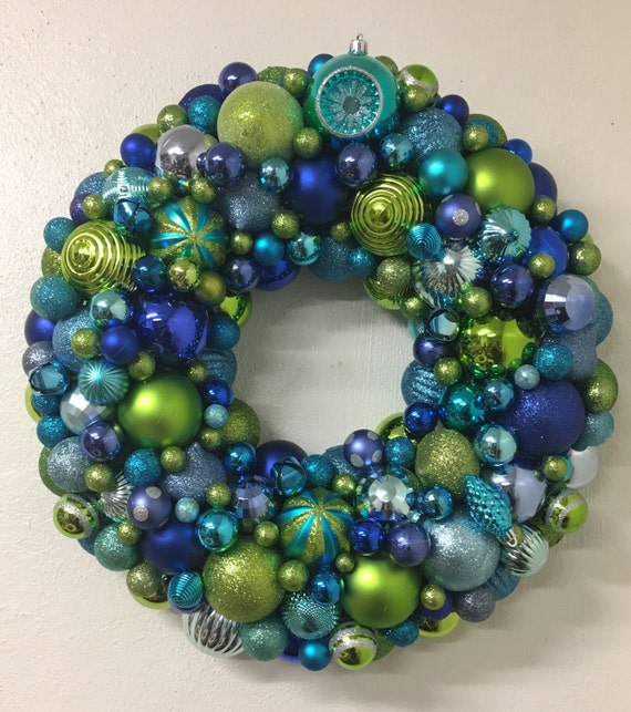 Beautiful Christmas Holiday Ornament Wreath - blue, turquoise, green