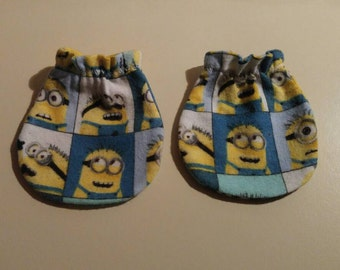 Colorful Minions Baby Mitts