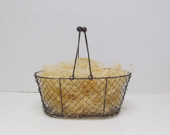 Natural Wood Fiber Basket Filler / Undyed Aspen Fine Excelsior / Wine Bottle