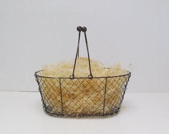 Natural Wood Fiber Basket Filler / Undyed Aspen Fine Excelsior / Wine Bottle