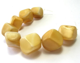 Vintage German Glass Beads Tan/White (14mm) - Vintage Beads