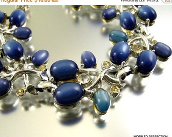 30% Off Sale ON SALE Blue Moonglow Thermoset VIntage Bracelet with Rhinestones