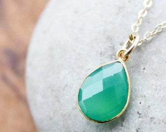 40 OFF SALE Emerald Green Onyx Gemstone Necklace - Pear Shape - May Birthstone
