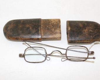Rare 1800s Eyeglasses Civil War era antique paper mache Case //early 1800s Antique Glasses Frames/dd914