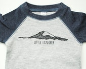 Little Explorer Bodysuit - Raglan Baby One Piece - Mt. Rainier - Washingtonian - I love Washington