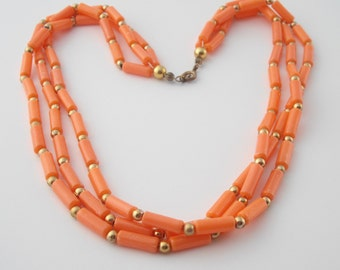 Coral Bead Necklace, Plastic Bead Necklace, Summer Necklace, Coral Colored Necklace, Pastel Necklace