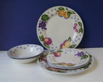 Vitromaster Italian Fruit Stoneware Serving Set,2 Dinner Plates, 2 Salad or Dessert Plates, 2 Cereal Bowls,  Fruit Decor, Cottage Chic