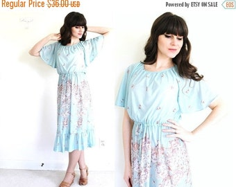 ON SALE 70s Dress / 1970s Dress / 70s Floral Boho Dress