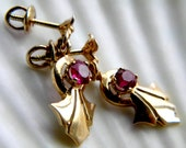 Art Deco solid 14k yellow gold synthetic ruby flower earrings - pierced threaded safety backs - vintage jewelry