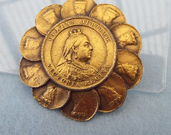 Unsigned Accessorcraft Queen Victoria Brooch With Prince Albert, 1960s!