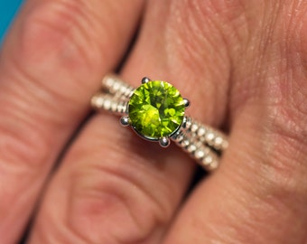 AAA Peridot & Moissanite 14kt Gold Unique Engagement Ring, Gold Peridot Ring, August Birthstone Ring, Moissanite Ring, 16th Anniversary gift