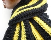25% OFF SALE Sports Scarf - Bumble Bee Black and Yellow Scarf - Men, Women, Children - Crochet Scarf - SHOW