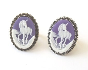 Unicorn Ring in Antique Silver or Bronze, Silver Unicorn Ring, Purple Unicorn Ring, Purple Ring, Rope Edge Setting, Unicorn Cameo Ring
