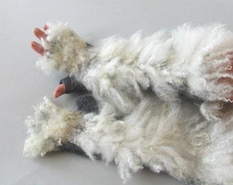 Felt fingerless gloves Hand Felted Mittens, Grey  gloves, Fur mittens Grey White wool mittens, Cozy winter Gloves, wool arm warmer