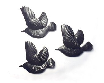 Flying Birds Vintage Wall Deco, Set of Three Flying Black Metal Birds, Flying Black Swallows, Flying Black Bird Wall Hangings, Flying Birds