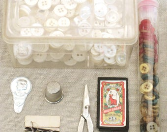 Buttons, White Buttons, Plastic Boxes, Vintage, Sewing Notions, Sewing Supplies, Craft Supplies, Assorted Sewing Items, Sewing Stuff, Detash