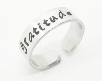 Gratitude ring - Stamped ring - Thanksgiving ring - Message ring - Giving thanks - Grateful - Inspirational jewelry
