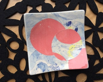 square geometric retro 60s ceramic pottery dressing table jewellery keeper snacks nibbles plate