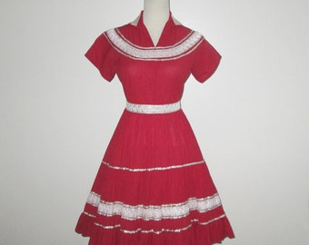 Vintage 1950s Dress / 50s Squaw Dress / 50s Red Dress / 50s Patio Dress / 50s Fiesta Dress - S