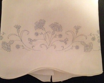 Pillowcase stamped to embroider pretty floral design