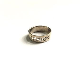 Vintage Sterling Silver Ring sz 6