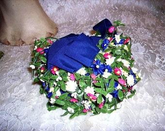 Cutest Vintage Ladies Floral Hat 1950s Fabulous Flowers Unique