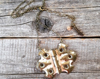 vintage hinge necklace | distressed shabby chic peachy pink painted hinge | repurposed upcycled reused