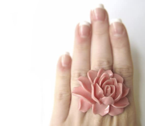 Kawaii Rose Ring