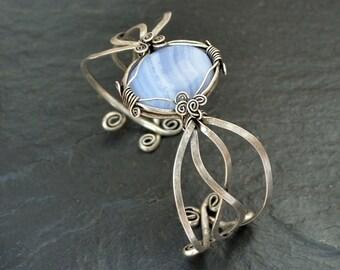 Silver Cuff Bracelet, Blue Agate Bracelet, Wire Wrap Bracelet, Blue Bracelet, Gemstone Bracelet, Boho Bracelet, Agate Bangle, Boho Jewelry