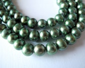 Large Hole Pearls Freshwater Pearls Green  9mm 26 Pieces