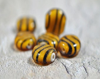 Black and yellow flat coin glass beads, 15mm - #177